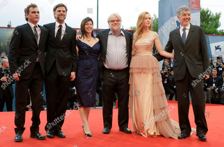 Philip Seymour Hoffman JoAnne Sellar Joaquin Phoenix Paul Thomas Anderson Daniel Lupi, Madisen Beaty From left, Actor Joaquin Phoenix, director Paul Thomas Anderson, producer JoAnne Sellar, actor Philip Seymour Hoffman, actress Madisen Beaty, and producer Daniel Lupi arrive for the premiere of the movie 'The Master' at the 69th edition of the Venice Film Festival in Venice, Italy