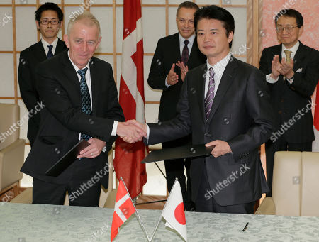 Villy Sovndal, Koichiro Gemba Danish Foreign Minister Villy Sovndal, left, shakes hands with his Japanese counterpart Koichiro Gemba after exhanging documents signed an agreement on parliamentary consultations between the two countries at Foreign Ministry in Tokyo