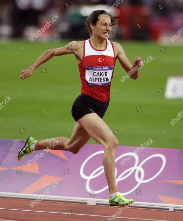 Turkey's Asli Cakir Alptekin competes to win gold in the women's 1500-meters during the athletics in the Olympic Stadium at the 2012 Summer Olympics, London