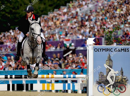 Nicholas Woodbridge Nicholas Woodbridge, of Great Britain, jumps his horse during the equestrian show jumping stage of the men's modern pentathlon at the 2012 Summer Olympics, in London