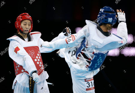 United States' Diana Lopez fights China's Hou Yuzhuo (in red) during their match in women's 57-kg taekwondo competition at the 2012 Summer Olympics, in London
