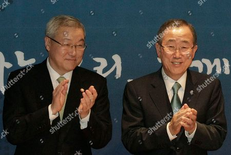 Ban Ki-moon, Kim Sung-hwan UN Secretary General Ban Ki-moon, right, and South Korean Foreign Minister Kim Sung-hwan applause during a ceremony to launch the Development Alliance Korea, a coalition of local civic groups to promote overseas development aid, at the Foreign Ministry in Seoul, South Korea, . Ban is on a four-day visit to South Korea