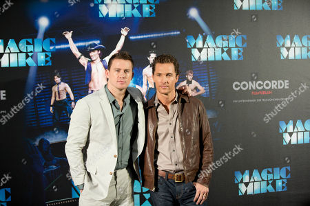 """Matthew McConaughey, Channing Tatum U.S. actors Matthew McConaughey, right, and Channing Tatum, left, pose during a photo call for the movie """"Magic Mike"""" in Berlin, Germany"""