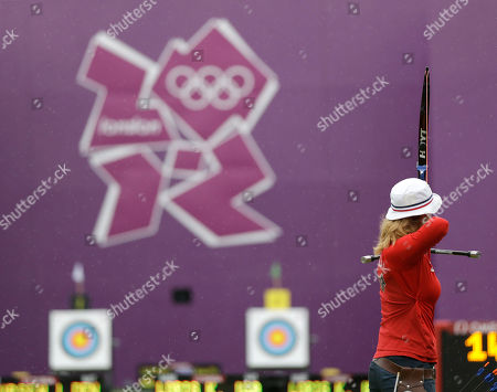 Khatuna Lorig United States' Khatuna Lorig shoots during an elimination round of the individual archery competition at the 2012 Summer Olympics, in London