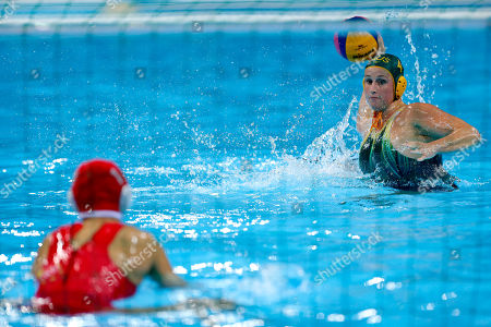 Holly Lincoln-Smith, Yang Jun Holly Lincoln-Smith, right, of Australia shoots a penalty shot against goalkeeper Yang Jun of China during the overtime shootout in their women's water polo quarterfinal match at the 2012 Summer Olympics, in London