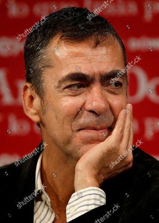 Susana Zabaleta Mexican theater director Francisco Franco poses during a press conference in Mexico City
