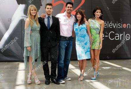 """Left to right, US actress Kim Matula, US actor Scott Clifton, US actor Don Diamont, US actress Hunter Tylo and Canadian actress Jacqueline Macinnes Wood pose during a photocall for """"The bold and the Beautiful"""" at the 2012 Monte Carlo Television Festival, Tuesday, June 12th, 2012, in Monaco"""