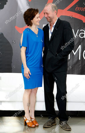 "US actor Xander Berkeley and US actress Sarah Clarke pose during a photocall for ""Nikita"" at the 2012 Monte Carlo Television Festival, Wednesday, June 13th, 2012, in Monaco"