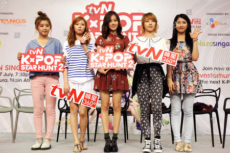 "Stock Picture of South Korean girl pop group ""4minute"" members from left to right, Kwon So-Hyun, Kim Hyun-Ah, Heo Ga-Yoon, Jeon Ji-Yoon and Nam Ji-Hyun pose at a meet-and-greet session at a local mall in Singapore"