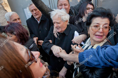Fikret Abdic Fikret Abdic, center, greets his family members upon his release from prison in Pula, Croatia . Abdic, a former Bosnian warlord who fought fellow Muslims during his country's 1992-95 war was released from prison on Friday after serving two-thirds of his war crimes sentence