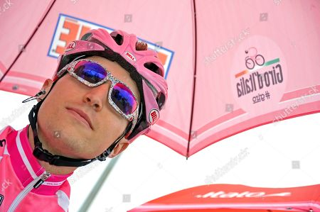 Taylor Phinney Taylor Phinney, of the United States smiles prior to the second stage of the Giro d'Italia, Tour of Italy cycling race, in Herning, Denmark, . American Taylor Phinney won the first stage of the Giro d'Italia, an 8.7-kilometer (5.4-mile) individual time trial in Herning on Saturday. Phinney became the first American to wear the pink jersey since Christian Vande Velde in 2008 when Garmin won the opening team time trial in Palermo