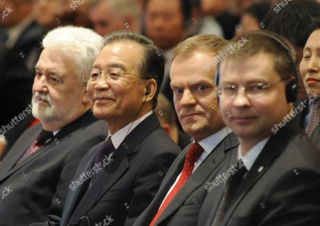 Mirko Cvetkovic, Wen Jiabao, Donald Tusk, Valdis Dombrovskis Prime Ministers, from left, of Serbia Mirko Cvetkovic, of China Wen Jiabao, of Poland Donald Tusk and of Latvia Valdis Dombrovskis, attend the opening of the Poland - Central Europe - China Economic Forum in Warsaw, Poland, on the second day of Wen Jiabao's visit to Poland