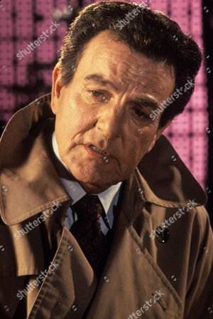 Mike Connors in 'Public Enemy 2'
