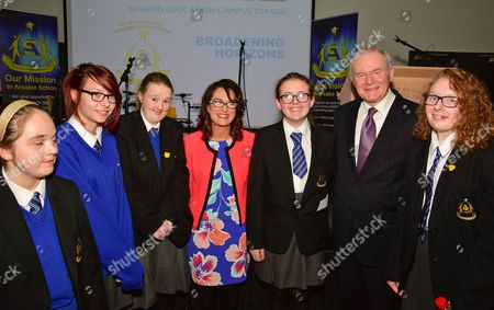 School Pupils Rebecca Mackintosh, Anita Patterson and Aimie McMahon with The Voice Winner Andrea Begley, Pupil Aoibheann Meenagh, Deputy First Minister Martin McGuinness and Pupil Dearbhla Brogan