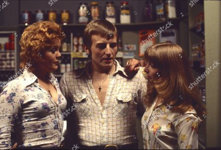 Cheryl Murray as (as Suzie Birchall), Lawrence Mullin (as Steve Fisher) and Helen Worth (as Gail Potter)