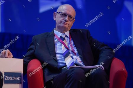 """The Ministry of Foreign Affairs of the Republic of Poland, Marek Ziolkowski attends the plenary session named """"NATO post-Warsaw"""""""