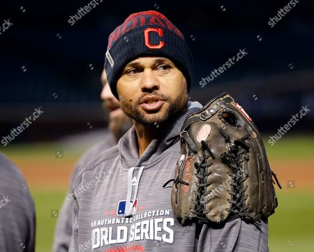Coco Crisp Cleveland Indians' Coco Crisp rests his gloves on his shoulder before batting practice for Game 3 of the Major League Baseball World Series against the Chicago Cubs, in Chicago