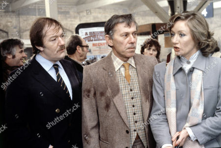 L-R.Michael Gambon ,John Carson and Jennifer Hilary in 'Tales Of The Unexpected' - 1980  Episode: 'The Umbrella Man'