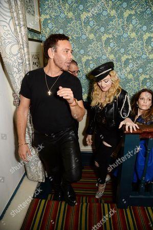 Mert Alas, Madonna