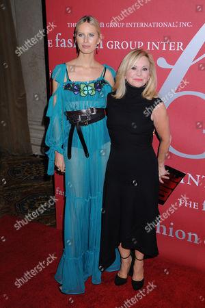 Karolina Kurkova and Julie Wainwright