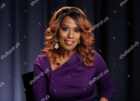 """Jennifer Holliday Actress and singer Jennifer Holliday, currently performing in the Broadway musical, """"The Color Purple,"""" appears during an interview in New York"""