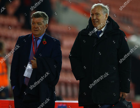Sky Sports Geoff Shreeves and Martin Tyler during the Premier League match between Southampton and Chelsea played at St Mary's Stadium, Southampton on 30th October 2016