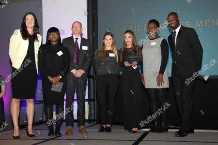 Ledley King gives Mentoring and Coachin Award to Trailblazers Mentor Volunteers. Mayor of London praises volunteers for the work they do to help fellow Londoners and make the city a better place.