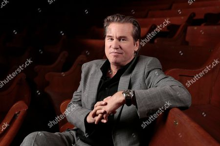 """Val Kilmer Val Kilmer poses for a portrait in Nashville, Tenn. Kilmer says Michael Douglas was """"misinformed"""" when he suggested Kilmer has cancer. In a Facebook post, Kilmer said he has """"no cancer whatsoever."""" At a London event on Sunday, Douglas had said Kilmer was """"dealing with"""" throat cancer, which Douglas was diagnosed with in 2010"""