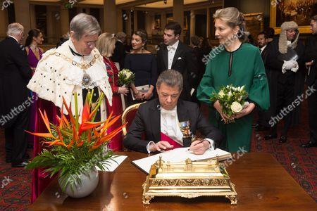 Lord Mayor Jeffrey Mountevans, Maria Clemencia Rodriguez Munera and President of Colombia Juan Manuel Santos
