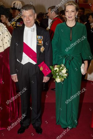 Maria Clemencia Rodriguez Munera and President of Colombia Juan Manuel Santos