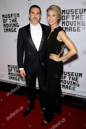 Paul Schneider, Teresa Schneider