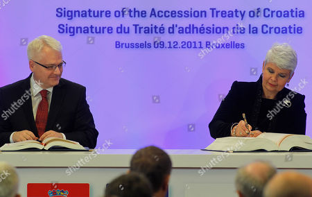 Ivo Josipovic, Jadranka Kosor Croatian President Ivo Josipovic, left, and Croatian Prime Minister Jadranka Kosor sign the Signature of the Accession Treaty of Croatia on the sidelines of EU summit in Brussels on . Croatia is signing its long-awaited accession treaty that will bring it into the European Union in 2013 after ratification by the legislatures of the bloc's 27 member nations