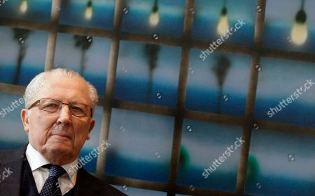 Jacques Delors Former European Commission President Jacques Delors waits for the start of a meeting at EU headquarters in Brussels