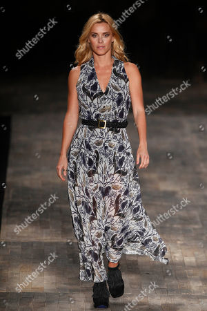 Stock Image of Carolina Dieckmann Brazilian actress Carolina Dieckmann models a creation from the TNG fall-winter fashion collection at Fashion Rio in Rio de Janeiro, Brazil
