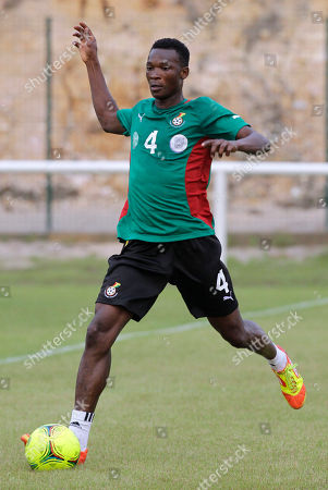 Ghana's soccer player John Pantsil controls the ball during their training in Ngoni, 45km outside Franceville, Gabon, . Ghana will play their African Cup of Nations Group D soccer match against Mali on Saturday Jan. 28, 2012
