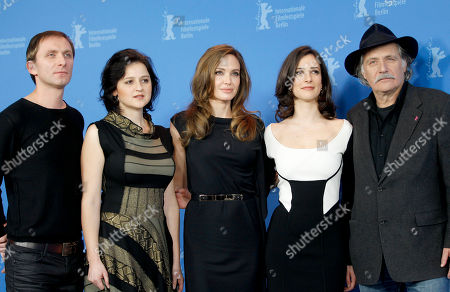 Goran Kostic, Vanesa Glodjo, Angelina Jolie, Zana Marjanovic, Rade Srbedzija Actor Goran Kostic, actress Vanesa Glodjo, director Angelina Jolie, actress Zana Marjanovic and actor Rade Srbedzija, from left, pose for the photo call of the film In the Land of Blood and Honey at the 62 edition of the Berlinale, International Film Festival in Berlin