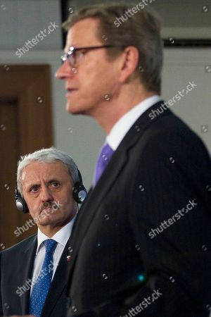 Guido Westerwelle, Mikulas Dzurinda German Foreign Minister Guido Westerwelle, right, and his counterpart from Slovakia, Mikulas Dzurinda, brief the media after a meeting at the foreign ministry in Berlin