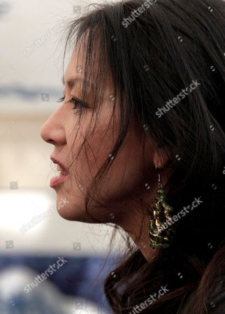 """Amy Chua U.S. author Amy Chua talks about her book """"Tiger Mother"""" at the Jaipur Literature Festival in Jaipur, in the western Indian state of Rajasthan, India"""