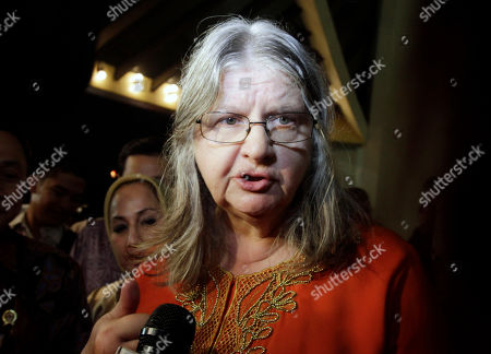 """Birute Mary Galdikas Canadian primatologist Birute Mary Galdikas speaks to reporters during a screening of the movie """"Born To Be Wild 3D"""" in Jakarta, Indonesia. The film about one woman's efforts to rescue orangutans and return them to Indonesia's rapidly disappearing jungles has made its way home. Galdikas has more than 300 young orangutans at her care center just outside Tanjung Puting National Park on the island of Borneo"""