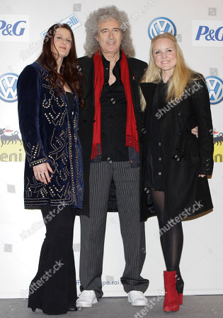 British singer Kerry Ellis, center, poses with Italian singer Irene Fornaciari, left, and British singer Kerry Ellis prior to a press conference at the 62nd edition of the Sanremo Song Festival, in Sanremo, Italy