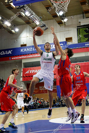 Mantas Kalnietis, Ty Lawson Zalgiris' Mantas Kalnietis, center, tries to score as CSKA Moscow's Ty Lawson, right, tries to blocks him during their Euroleague Basketball group B match in Moscow, Russia