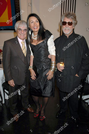 Bernie Ecclestone, Justin De Villeneuve and Sue Timney