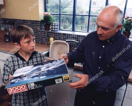 'Bernards Watch' - 1999 David Peachy as Bernard and Barry Jackson as Grandad