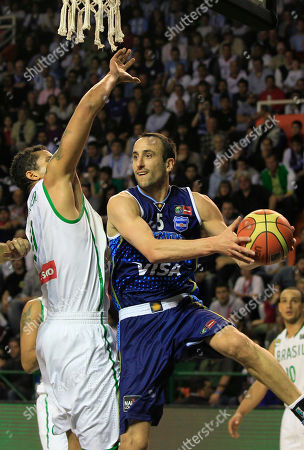Argenatina's Emanuel Ginobili, right, goes up for a shot against Brazil's Rafael Hettsheimer during a FIBA Americas Championship basketball game in Mar del Plata, Argentina, . The top two finishers of the tournament get an automatic berth in the 2012 London Olympics and the next three advance to the last-chance Olympic qualifier to be held in July 2012