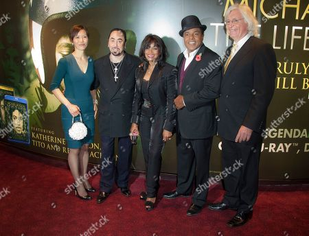 Susan Yu, Thomas Mesereau Jr, David Gest, Rebbie Jackson, Tito Jackson Lawyers Susan Yu, left, and Thomas Mesereau Jr, right, join Producer David Gest, 2nd from left, Rebbie and Tito Jackson, 2nd from right, arrive for the European Premiere of Michael Jackson: The Life Of An Icon, at a central London cinema