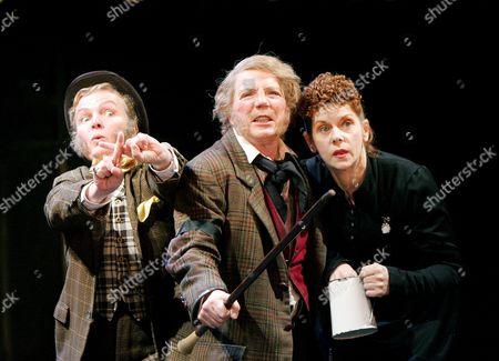 Joanne Howarth (Fabian), Marjorie Yates (Sir Toby Belch) and Siobhan Redmond (Maria)