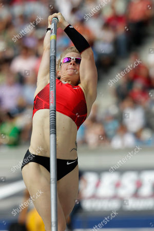 Martina Strutz Martina Strutz from Germany competes during the women's pole vault competition at the ISTAF Athletics Meeting in Berlin