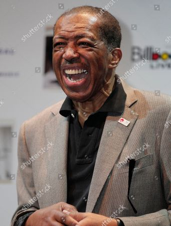 "Ben E. King American soul singer Ben E. King laughs during a news conference in Tokyo . King, known by ""Stand By Me,"" promoted his new album ""Dear Japan, Ue wo Muite Arukou"" released on Wednesday, Nov. 16 to cheer up tsunami-hit Japan. In the album King covers the ""Ue wo Muite Arukou,"" which means ""I shall walk looking up,"" the original Japanese song of ""Sukiyaki""that reached the top of the Billboard Hot 100 chart in the United States in 1963, by singing in Japanese"