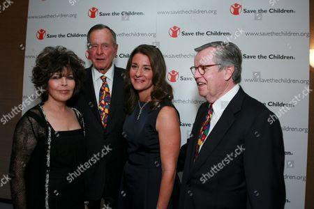 Carole Bayer Sager, George Bush, Melinda Gates & Robert Daly