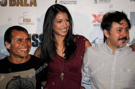 """Noe Hernandez, Stephanie Sigman, Gerardo Naranjo Mexican actors, from left, Noe Hernandez, Stephanie Sigman, and director Gerardo Naranjo pose for pictures during a press conference to promote """"Miss Bala"""" film in Mexico City, . Miss Bala will be released on Sep. 9 in Mexico"""